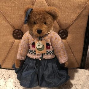 "Boyd's Bears Bearwear ""Clarissa"" Invest Collection"